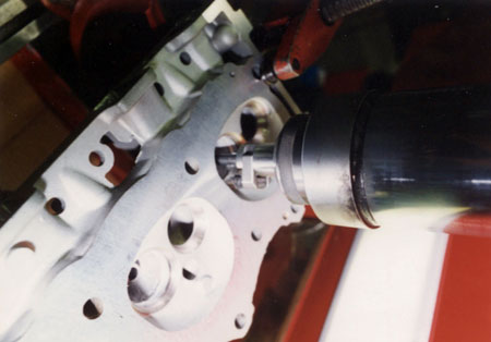 Cylinder Head in seat machine